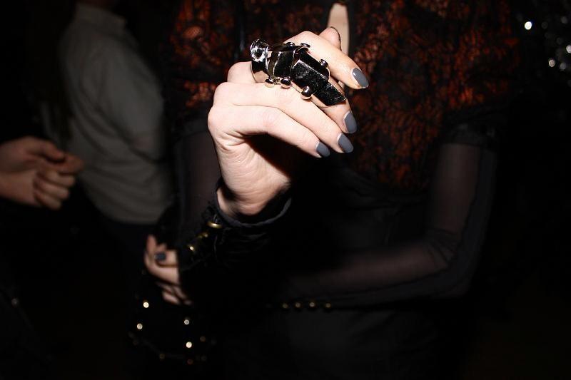 finger armor ring. LeopardGlitterLove