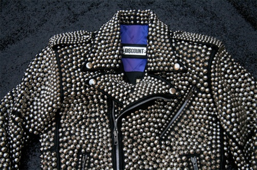 jacket_close_front